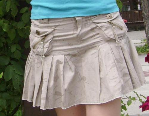 Sexy short skirt - Here is another short skirt that is extra hot for wearing with almost any kind of t-shirt (it works with both sandals and snickers).