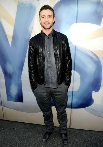 Justin Timberlake - I would of liked the outfit better if the jacket was real leather! it looks like the jacket is vinyl!