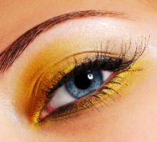 make up - smoky eye make up