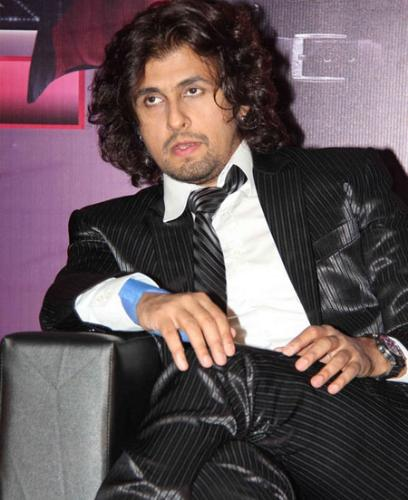 x factor of SONU NIGAM - Sonu Nigam the famous indian singer, in his new look for a indian T.V show X-factor on sony TV.