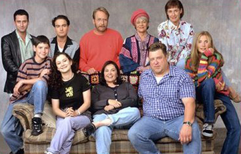 Roseanne - The cast of 'Roseanne'. When it started it was a good show.The last few season's the show went down hill,big time!