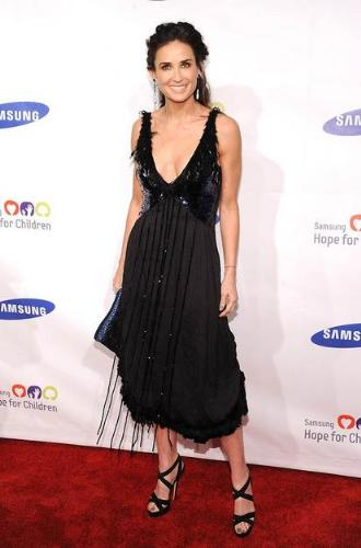 Demi Moore - Some people loved this dress! I think it is ugly and trashy!