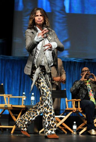 Steven Tyler - The animal print pants are way to much! Yikes!