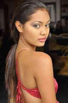 the asian - sandra frm delhi she is model