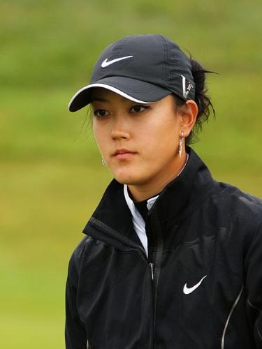 Michelle Wie - If her parents had not be controlling,she would not be struggling with her golf career!