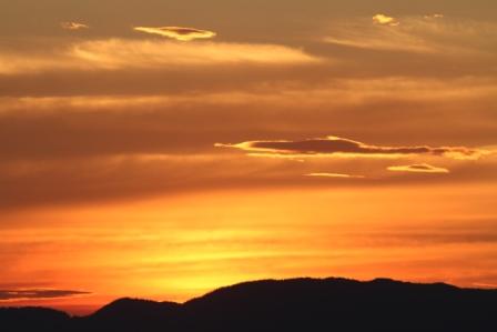 Sunset - Sunset over black mountains