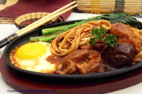 sizzling noodles - tasty sizzling noodles
