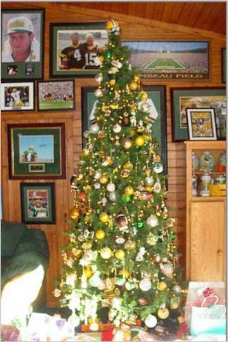 Christmas Tree - A Green Bay Packer Christmas tree! Awesome!