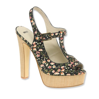 cute shoe - It is a cute shoe and I wish i could wear heels again!