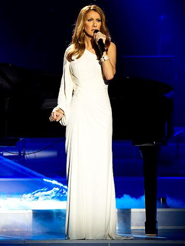 One more dress - Celine wearing a Versace dress in her Vegas show.