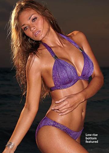 Pretty purlpe - Purple bikini.