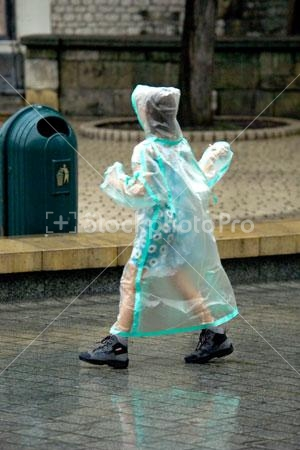 Raincoat was snot a familiar sight when I was litt - I wore a raincoat when I was little the first one in my school