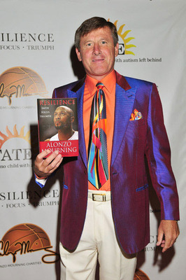 Craig Sager - Sideline reporter for TNT NBA Basketball games. He is known to wear flambouyent suits. This suit is just to colorful and mismatched! Yikes!