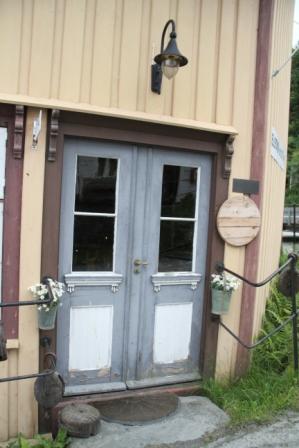 Restaurant door - Door to a Norwegian restaurant