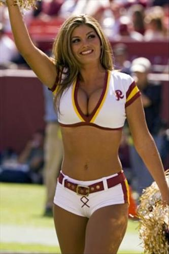 Another cheerleader - Another Washington Cheerleader with a nice set!