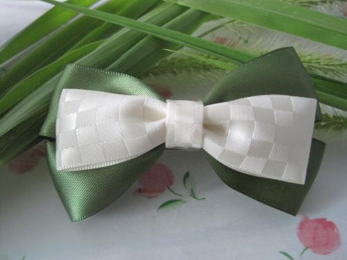 DIY rinbbon bows for myself - These are DIY rinbbon bows for myself,I like to do hand make usual.