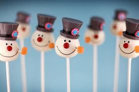 Cake Pops (3) - a snow man cake pop :)