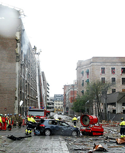 norway bomb - pictures of the norway bomb site