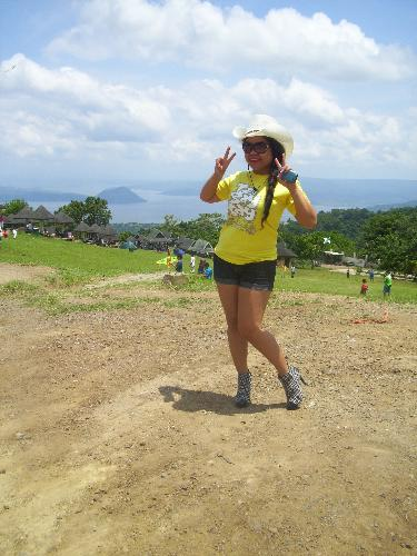 me - @ picnic groove,tagaytay city