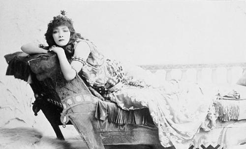 Sarah Bernhardt - The actress Sarah Bernhard, at 40 years old.