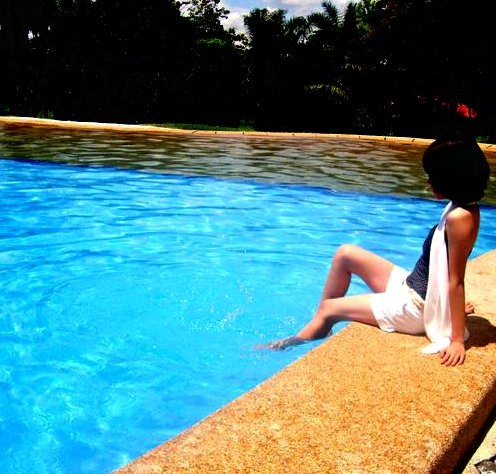 Blue - This photo was taken at Geraldin Resort at Tacurong City, Sultan Kudarat.