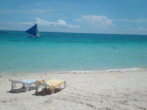 Boracay Island :) - If ever you cross the Philippines, make sure that you visit Boracay!  Pristine sand and crystal clear waters..  Island paradise with good food and good people!