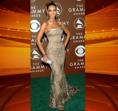 Beyonce - She is gorgous! She knows how to dress!