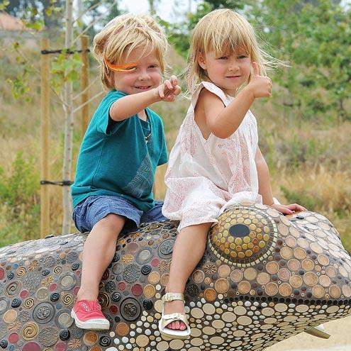 Liam and Stella - The children of tori Harding.