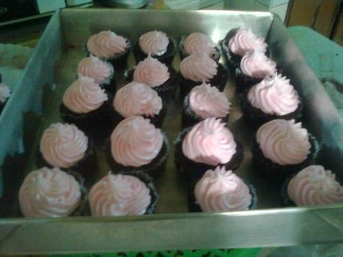 cupcakes - These are just simple cupcakes that I made for our fiesta.