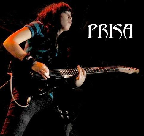 prisa performing with black shirt - i like this foto, because she look beautiful