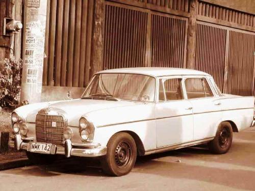 car -  an old car