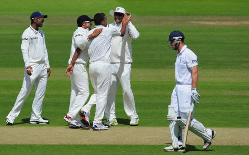 Praveen Kumar - Only Bowler who shows fight in England