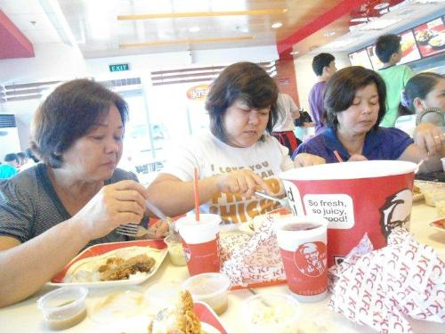 KFC Customers - Eating with fork and spoon