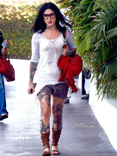 Kat Von D - I can't beleive all the tattoes she has! that is disgusting!