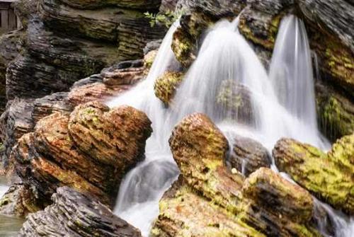 falls - a water that falls eternally to calmness