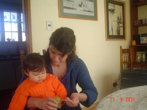 Baby Sofía eating - A picture of baby eating her lunnch