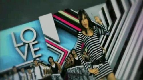cinta laura - cinta laura dancing in her video clips. so cute