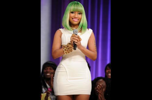 Nicki - Green hair only looks fine on Nicki