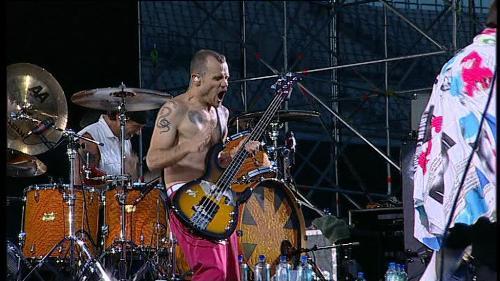 RHCP at Chorzow 2007 - Flea - RHCP - Flea at concert Chorzow @2007, slapp that bass!