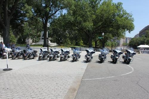 Motorcycles - Motorcycles by the White House.