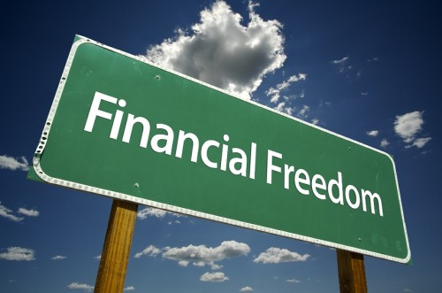 Getting Financial Freedom - We all want to get financial freedom in our life. So, we earn cash online to acheive it.