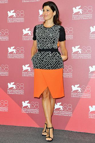 Marisa Tomei - Very cute outfit!