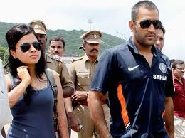 M S Dhoni - Dhoni and his wife