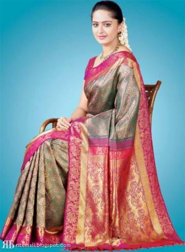 Traditional wear in India - The sari is the favorite specially among the recently married women