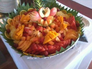 fruit salad - This is a beautiful arrangement of fruit salad