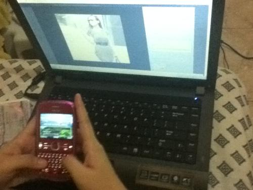 laptop and cellphone - The laptop is samsung and the cellphone is a nokia :)