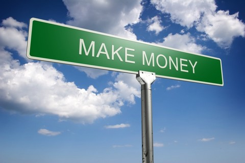 make money - make money road sign - need to get there!
