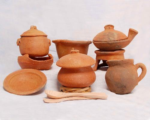 Clay pots - This is the one I have before.