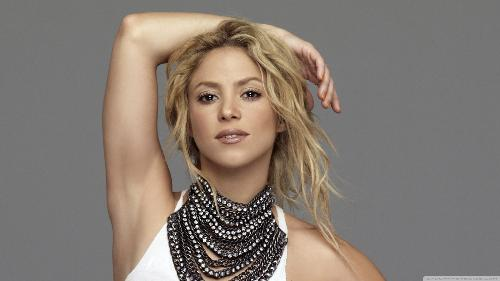 shakira - my favorite shakira wallpaper.