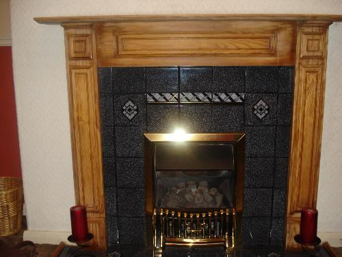 Fireplace With The Varnish Rubbed Off - Naff! - Dying To Paint The Wood RED